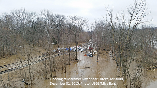 Mississippi River Flooding Raises Questions About ...