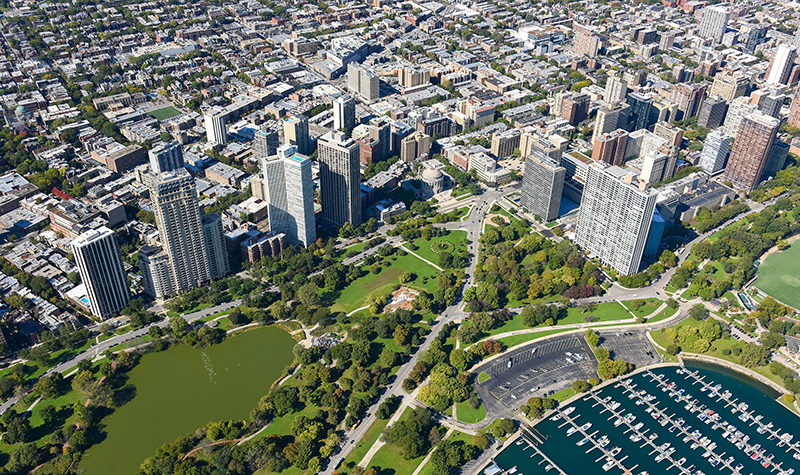 Lincoln Park in Chicago show juxtaposition of infrastructure and green space