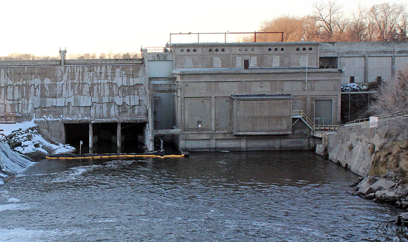 Image of Byllesby Dam.
