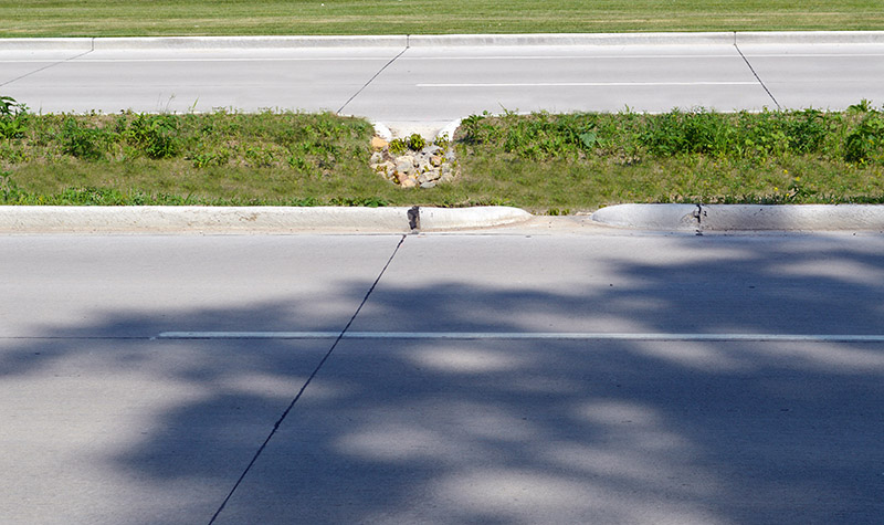 Example of a depressed median from side of road.