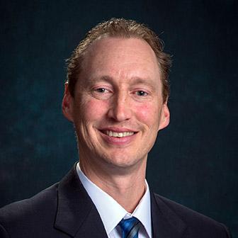 Staff Portrait of Dan Fox.